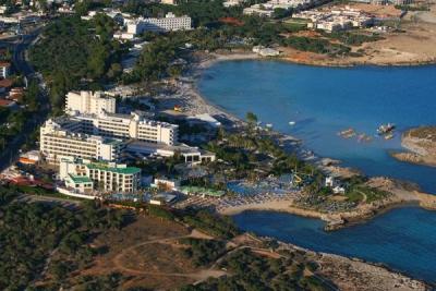 ADAMS BEACH HOTEL 5